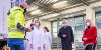 Huml und Herrmann: Erste Impfstofflieferung in Bayern angekommen