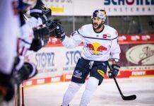 EHC Red Bull München: Sensationeller Comeback-Sieg in Schwenningen