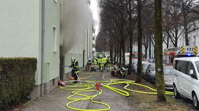Bogenhausen: Kellerbrand in Mehrparteienhaus