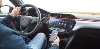 Bei Automiete und Carsharing: Smartphone-Daten vom Infotainment-System löschen