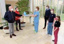 Schüler*innen des Gisela-Gymnasiums sammeln in Spendenlauf 5.000 Euro für das Team der Schwabinger Corona-Intensivstation