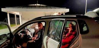 Flucht vor Grenzkontrolle hatte wohl Gründe - Mutmaßliche Schleusung auf A8 gestoppt