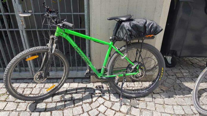 Mit selbstgebasteltem E-Bike durch München gedüst