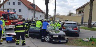 Feldmoching: Zwei Personen bei Verkehrsunfall schwer verletzt