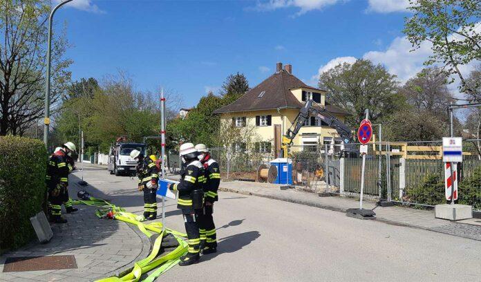 Solln: Gasaustritt auf einer Baustelle