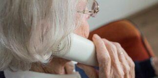 Impf-Telefon ab sofort auch für über-60-jährige Münchner*innen