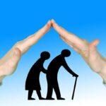 Geimpfte und Genesene brauchen in Alten- und Pflegeheimen keinen negativen Corona-Test mehr