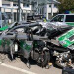 A 99 Oberschleißheim: LKW fährt auf Polizeiauto auf