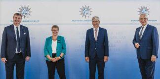 Innenminister Joachim Herrmann verabschiedet LKA-Vizepräsidentin Petra Sandles und führt Nachfolger ein