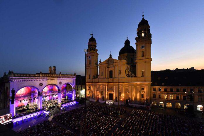 Klassik am Odeonsplatz mit bis zu 2.000 Teilnehmer*innen