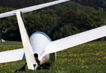 Schäftlarn: Segelflugzeug landet auf landwirtschaftlicher Fläche
