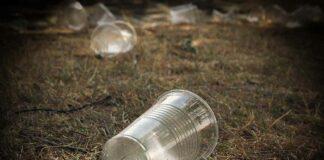 Teller, Besteck, To-go-Becher - Einweg-Plastik wird verboten