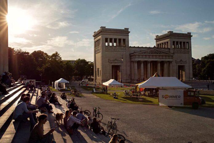 Sommer? Sonne? Sommer.dok! am 20. und 21. Juli auf dem Königsplatz München