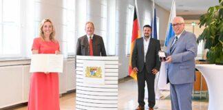 Dr. Karl Martin Graß erhält den Verdienstorden der Bundesrepublik