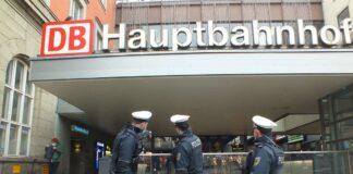Hauptbahnhof: Körperliche Auseinandersetzung - Passanten greifen schlichtend ein