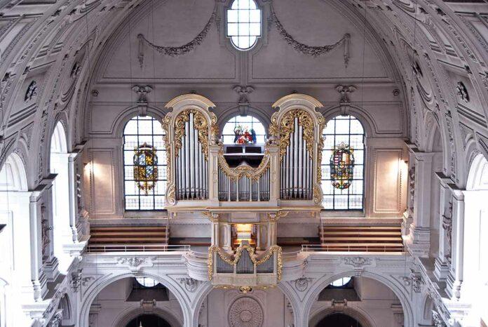 Internationales Orgelfestival vom 3.10. bis 17.10.2021 in der Jesuitenkirche St. Michael München