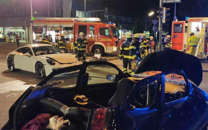 Forstenried: Zwei Verletzte und fünf beschädigte Fahrzeuge