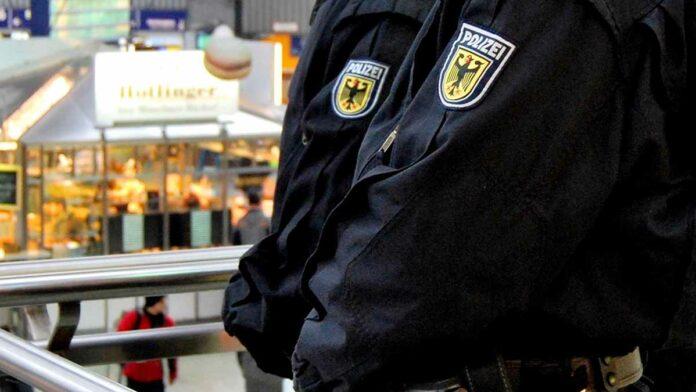 Dosenwurf gegen Angestellten - Mann durch Ladenschluss frustriert
