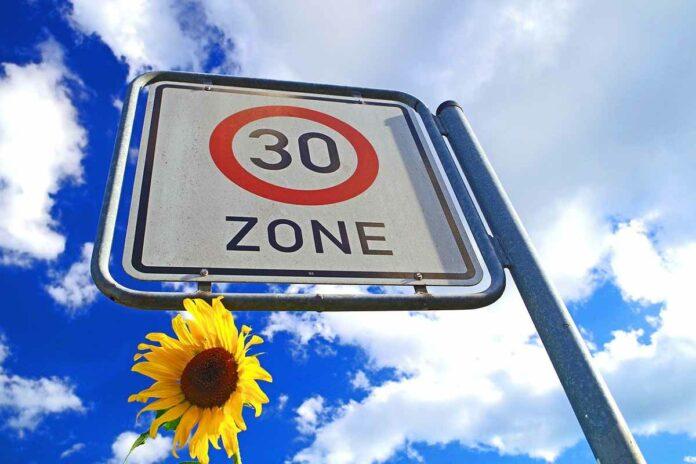Stadtrat beschließt Umbau des Straßenraums in Tempo-30-Zonen